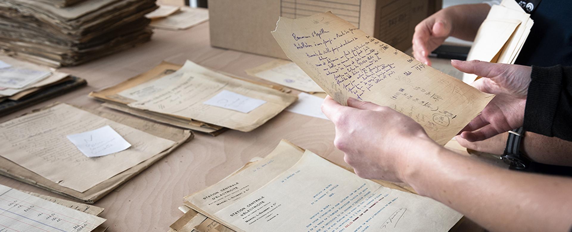 Pôle archives: plongez au cœur de votre histoire!